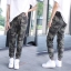 กางเกงขายาวแฟชั่นลายทหาร ทรงจั๊มปลายขา